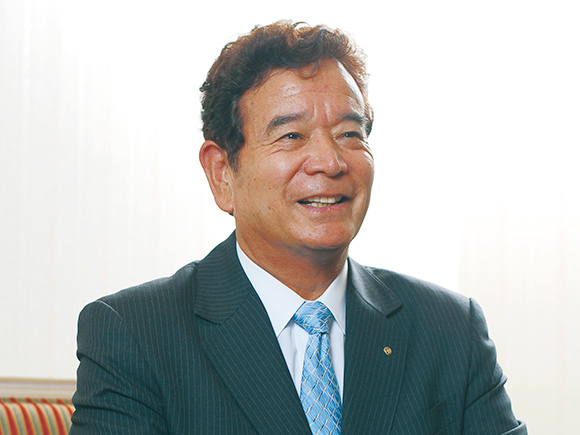代表取締役会長兼社長 高橋 誠一